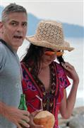 George Clooney and Amal on vacation in Tanzania and Seychelles - New Pics - Page 3 Ll10