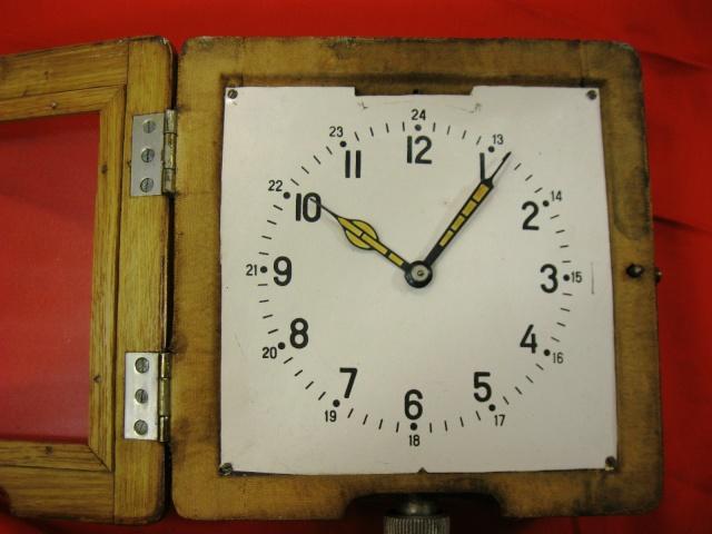 Horloge des Sous-Marins Russe et Soviétique  - Page 2 Kgrhqz10