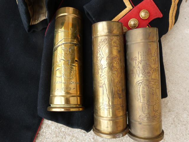 belle chine: fanion legion, marine française, allemand , gendarme,photos air  P1040455