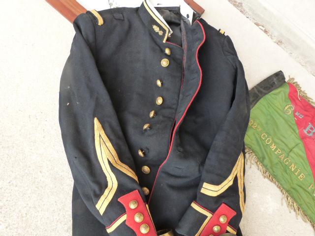 belle chine: fanion legion, marine française, allemand , gendarme,photos air  P1040457