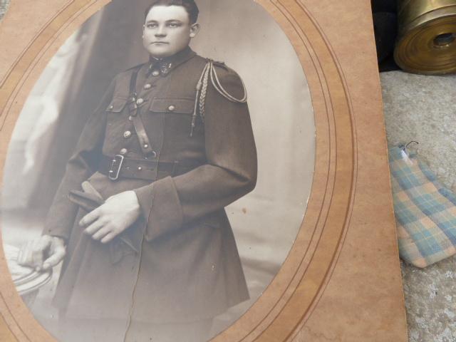 belle chine: fanion legion, marine française, allemand , gendarme,photos air  P1040465