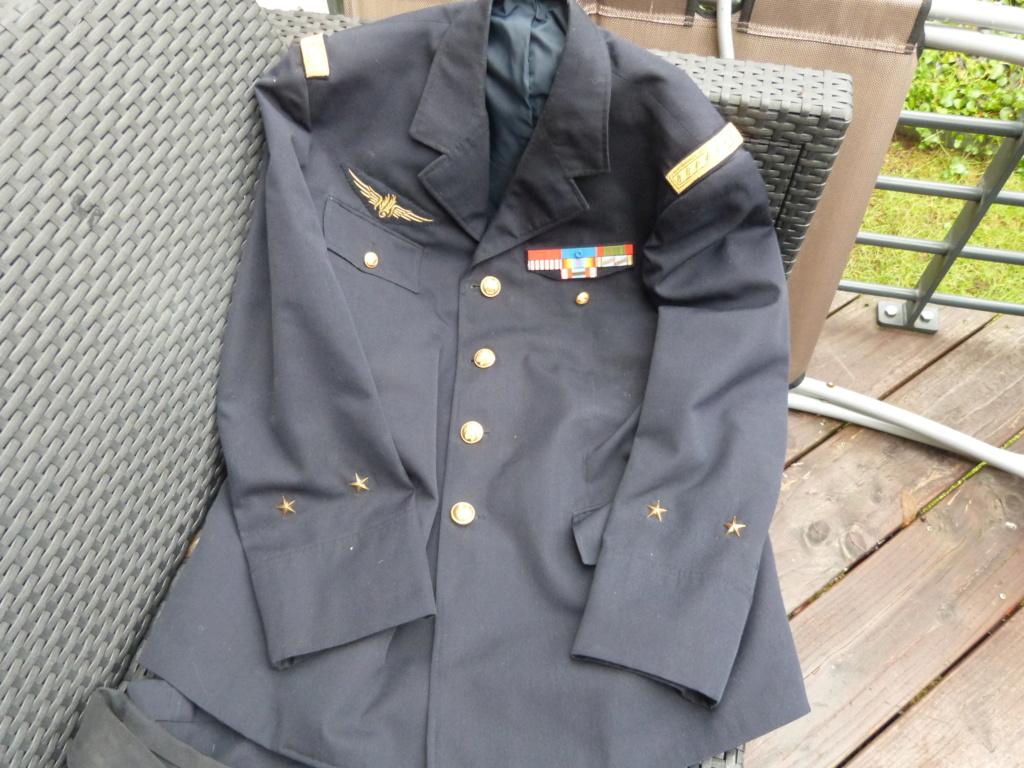 Commissaire general ancien resistant, gendarme et marine P1050642