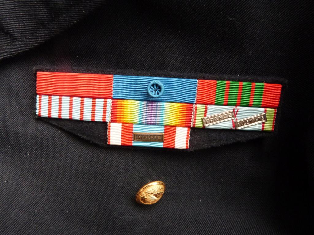 Commissaire general ancien resistant, gendarme et marine P1050643