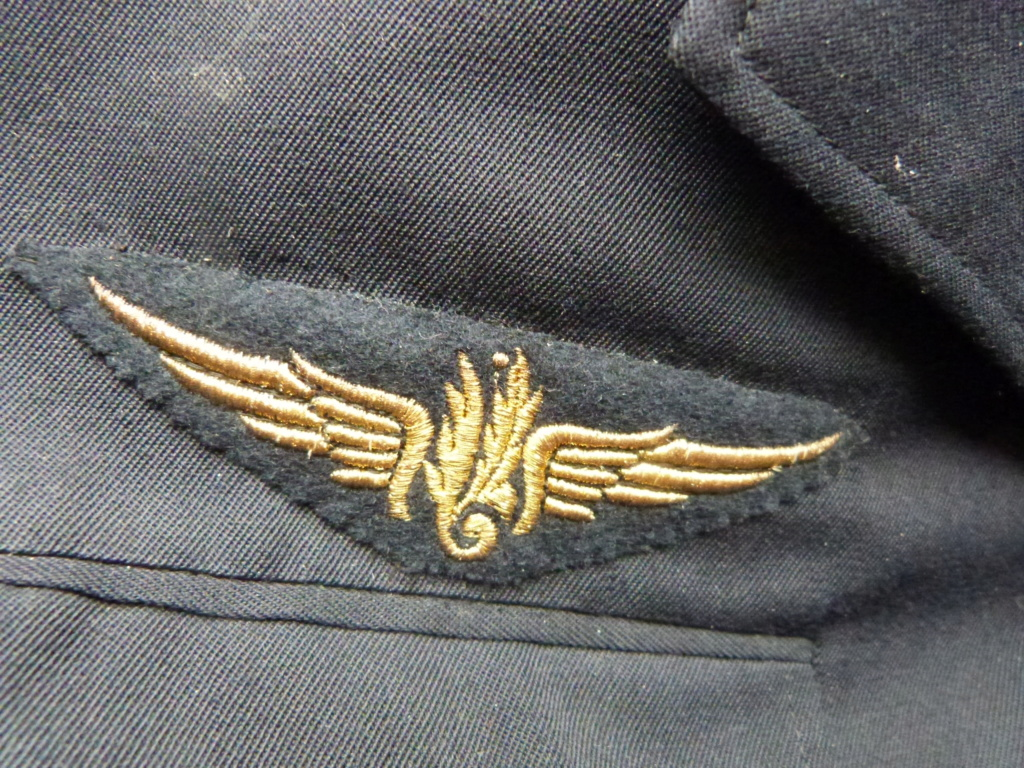 Commissaire general ancien resistant, gendarme et marine P1050644