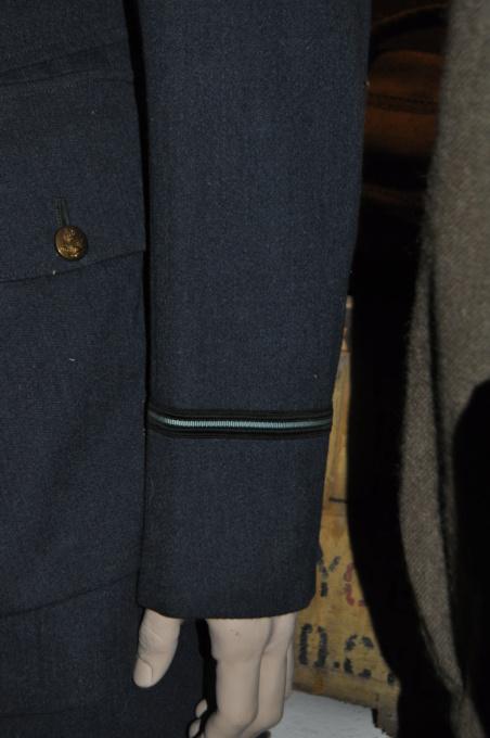 Bon pour une tenue FAFL reconstit ? (1944-45) Dsc_0013