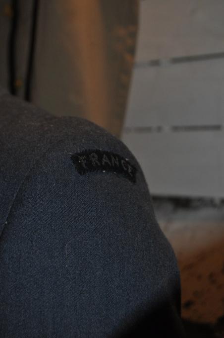 Bon pour une tenue FAFL reconstit ? (1944-45) Dsc_0014