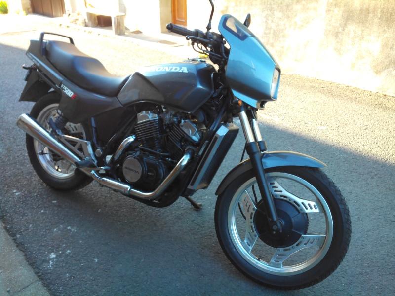 VT 500 REMONTER LE MOTEUR (pas de doc !!!) Img_2012