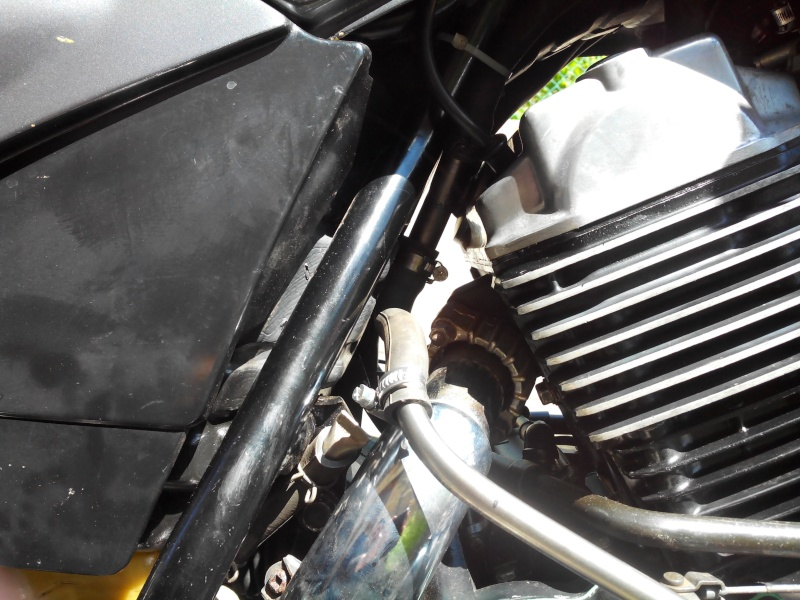 500 VTE PB remonté d'huile par le reniflar - Page 2 Img_2020