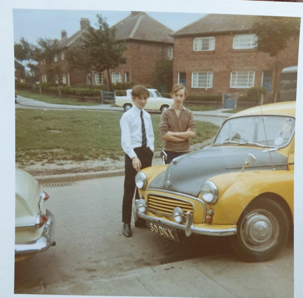 Car Nostalgia Morris10