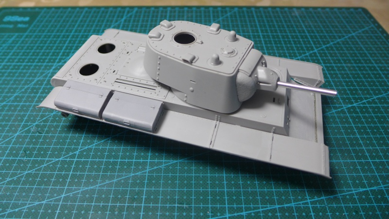 KV-1 von Trumpeter P1010414