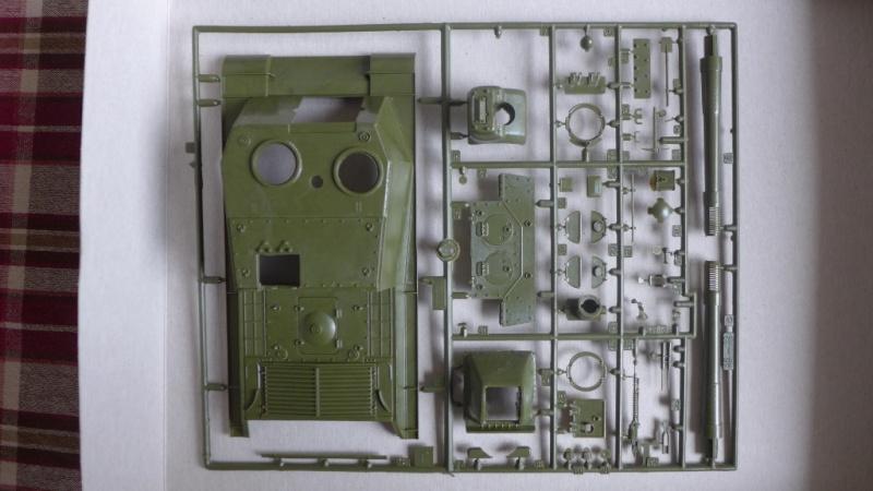 ISU-152 von Zvezda P1010526