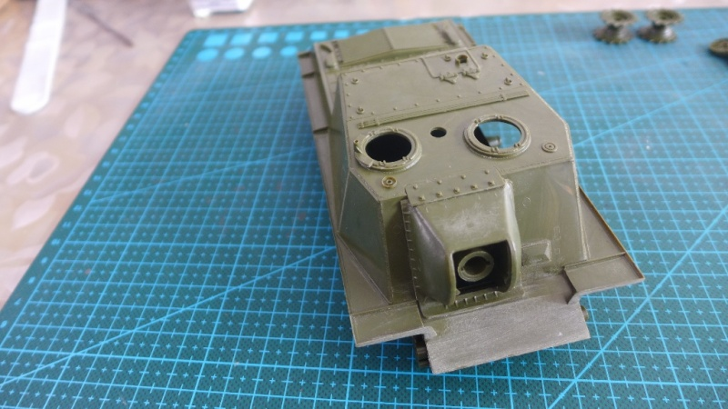 ISU-152 von Zvezda P1010532