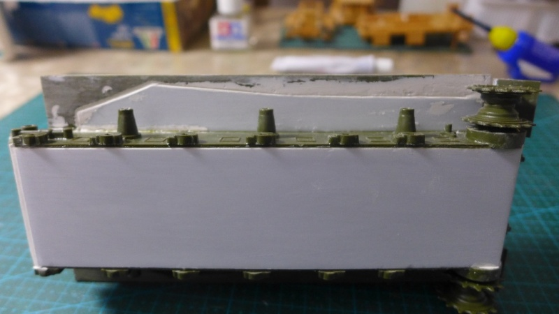 ISU-152 von Zvezda P1010536