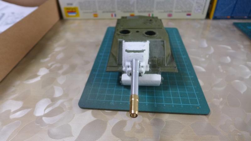 ISU-152 von Zvezda P1010537