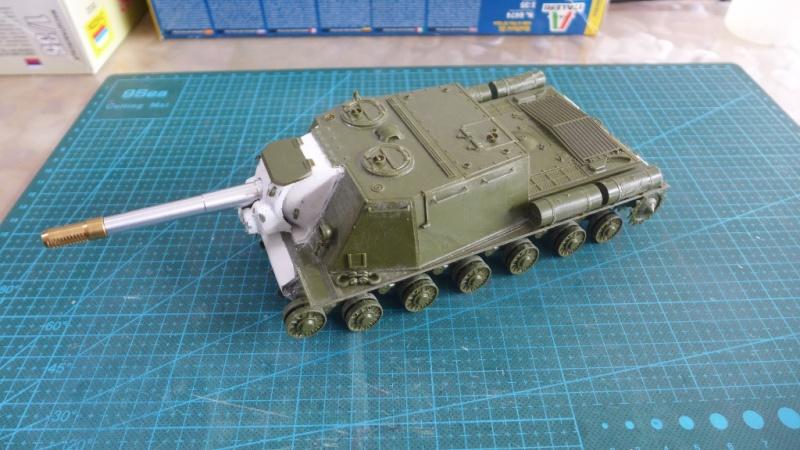 ISU-152 von Zvezda P1010542