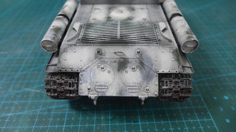 ISU-152 von Zvezda P1010611
