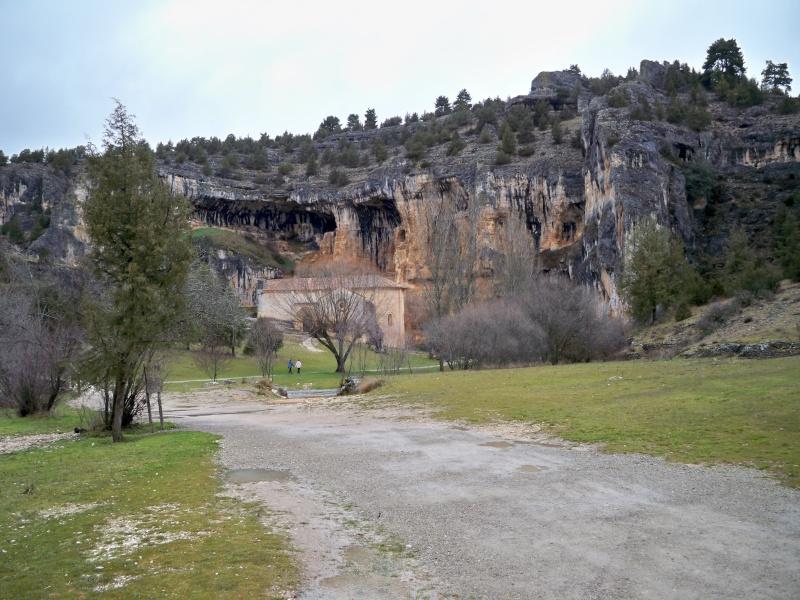 Ermita templaria de San Bartolomé (Cañón del Río Lobos, Soria). 005_er10