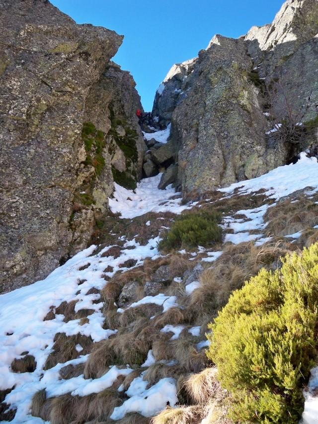 Alpinismo: sábado 14 de diciembre 2013 - Tubo central del circo glaciar de Peñalara 011_tu10