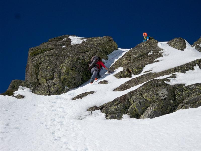 Alpinismo: sábado 15 de marzo 2014 - Sudeste clásica al pico Peñalara 015_pa10