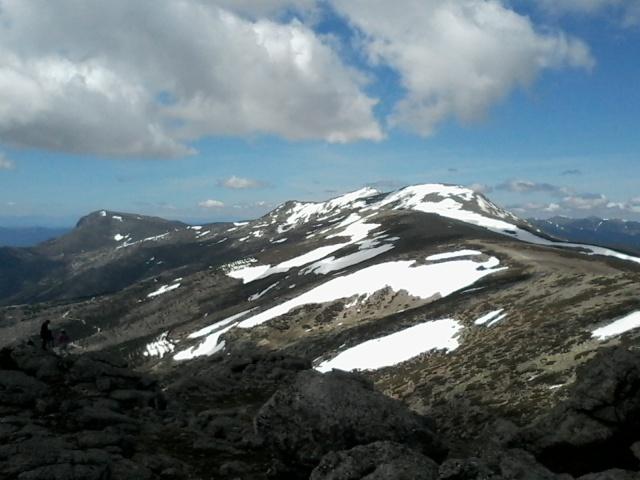 Montañismo: jueves 1 de mayo 2014 - Ascensión al pico Asómate de Hoyos 20140511
