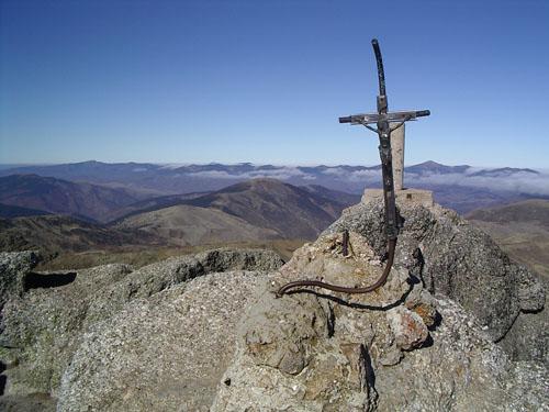 Senderismo: domingo 8 de junio 2014 - Ascensión al pico Urbión La_cru10