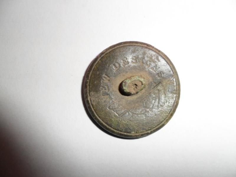 Joli bouton de chasse au lièvre XIXème / lévrier = symbole de noblesse Sam_1734