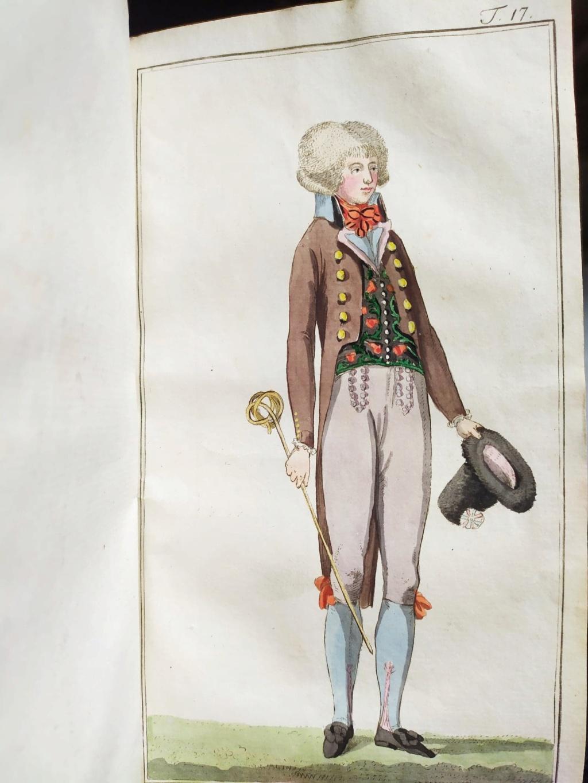La mode et les vêtements au XVIIIe siècle  - Page 10 12063410