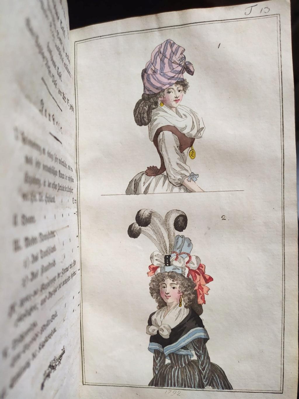 La mode et les vêtements au XVIIIe siècle  - Page 10 12070210