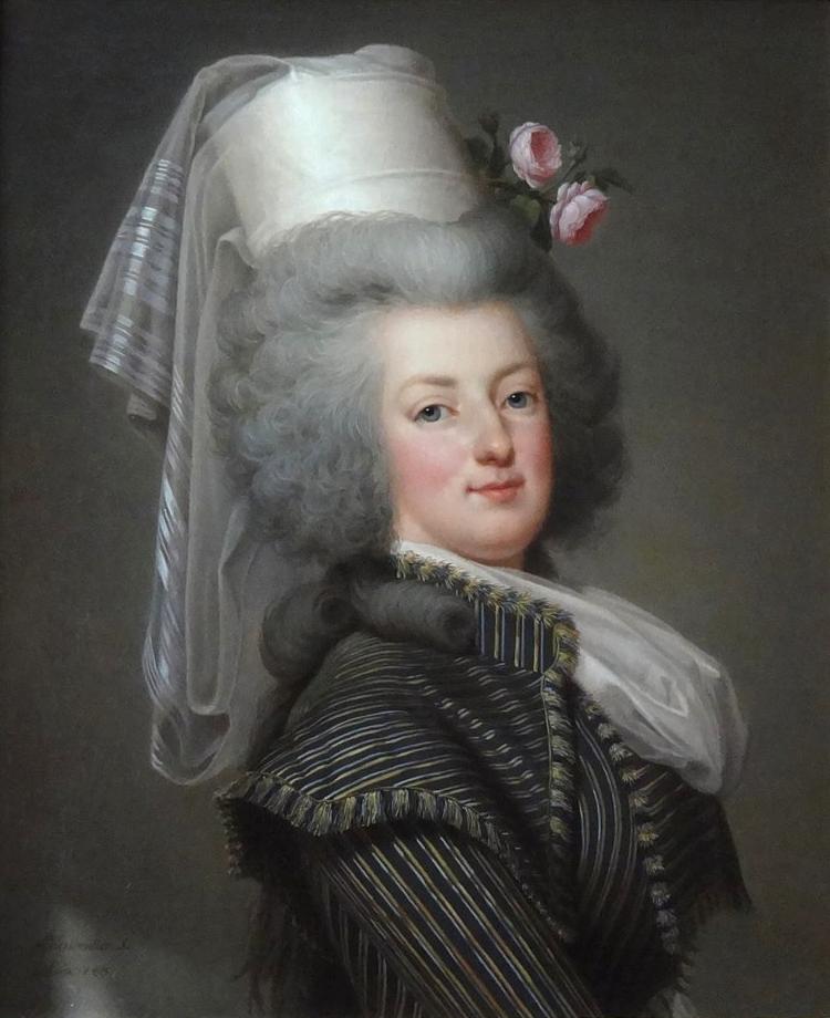 Plusieurs portraits de la reine : lesquels préférez-vous ?  Adolf_10