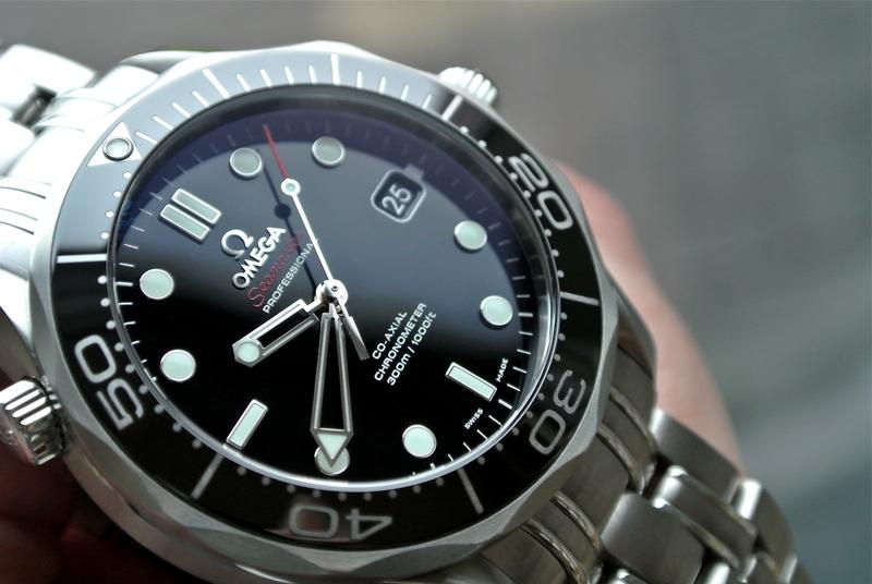 Dilemme entre deux plongeuses : Omega et Breitling Dsc22210