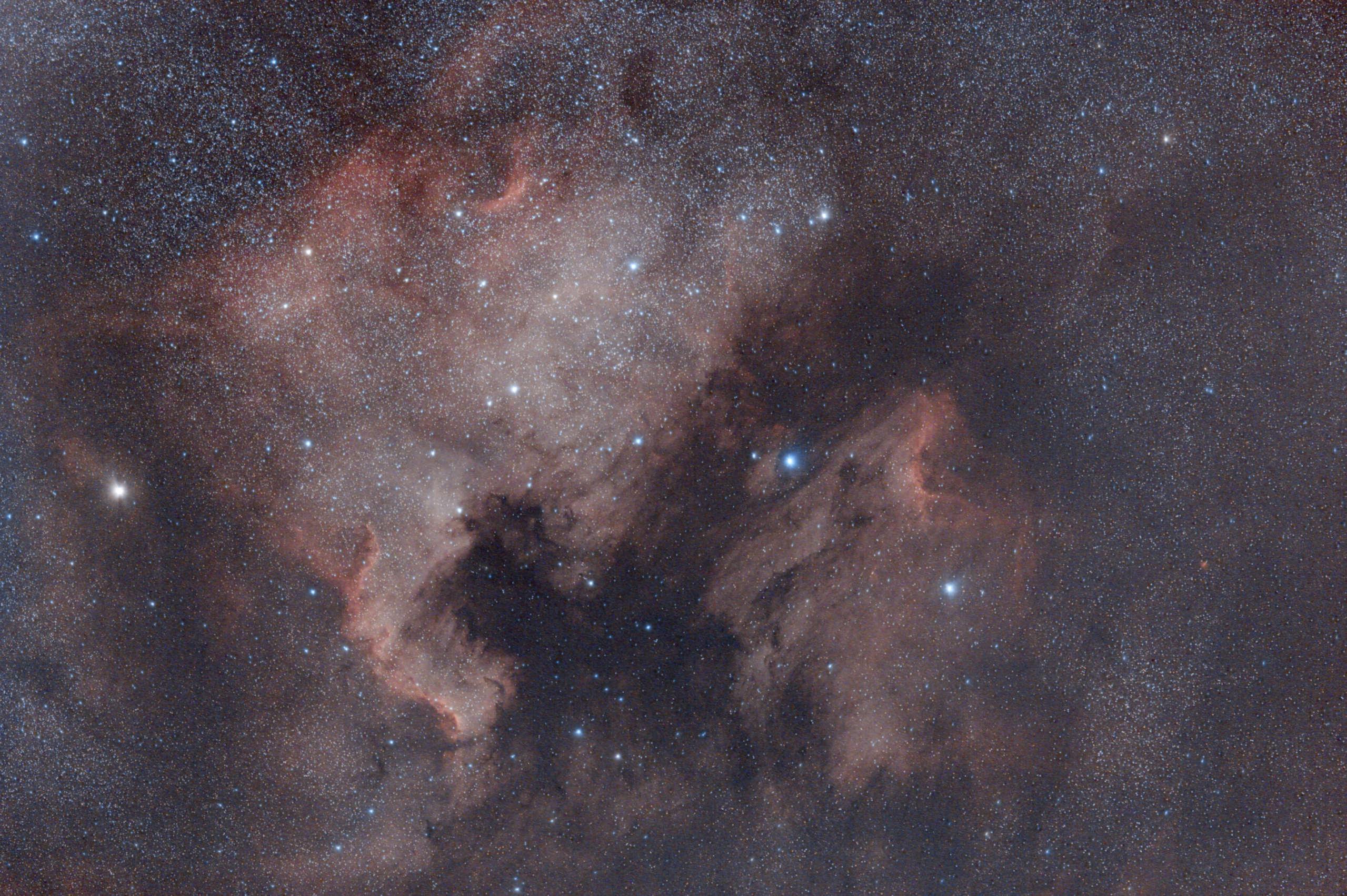 NGC7000 - IC5070, du neuf avec du vieux : retraitement. V2_ngc10