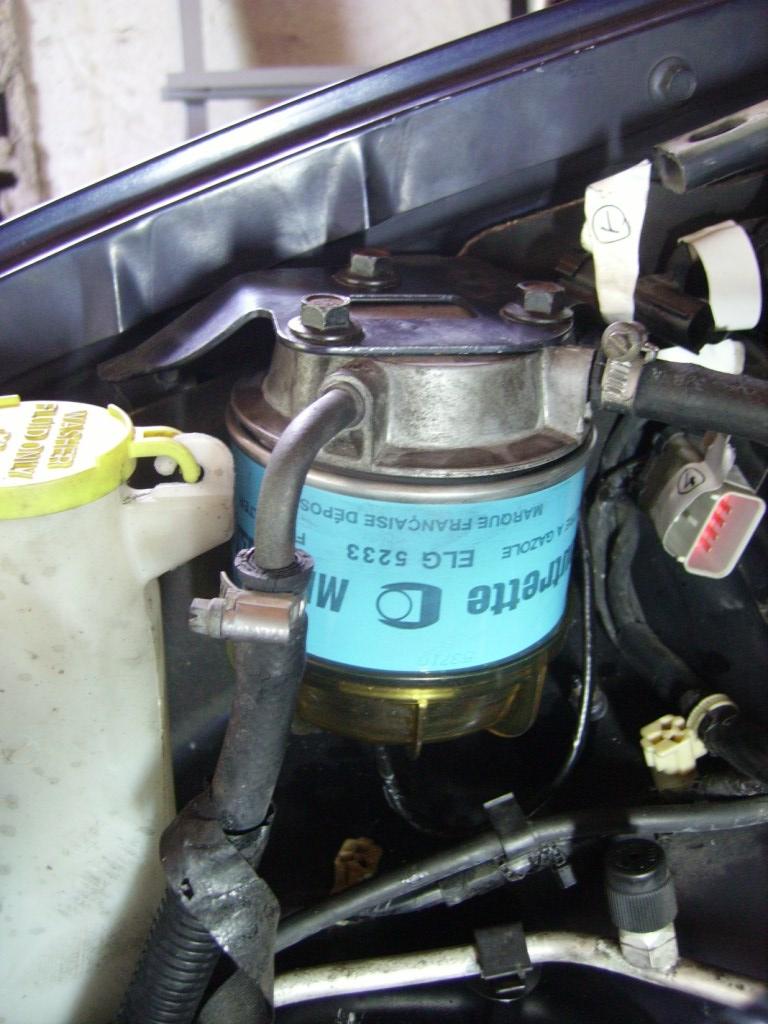 filtre - tuto remplacement filtre à gazoil 2,5 td 98 Imgp0038