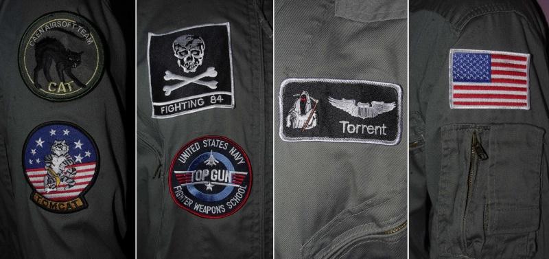 Tenue pilote de chasse de la VF-84 Jolly Rogers sur F-14 Tomcat _igp9939