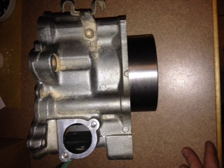 11;1 piston and cylinder Photo_16