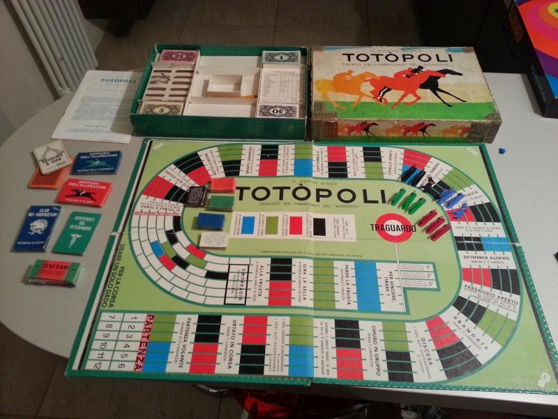 Vendo giochi di società assortiti (Totopoli, Help, Starquest,Scarabeo, Viaggio in Italia, D&D, Il signore degli Anelli, le Miniere di Moria) 20131014