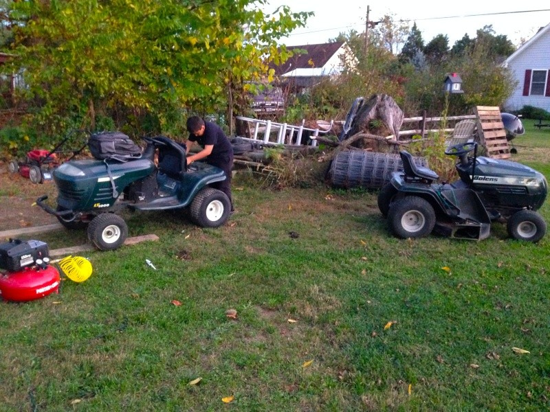 And so it begins!  Craftsman LT1000 ---> ATV (we are hoping!) Img_1810