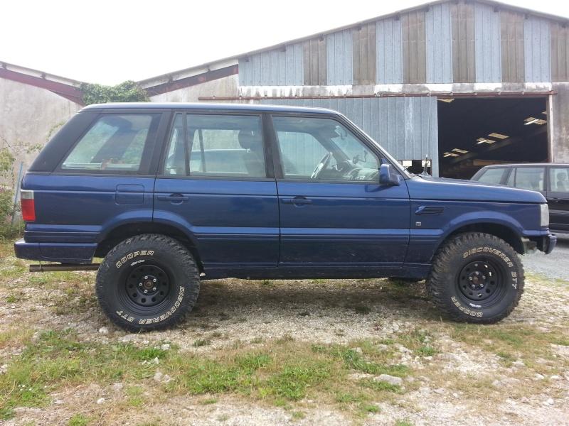 Nouveau garage Land Rover dans le 17 20140529
