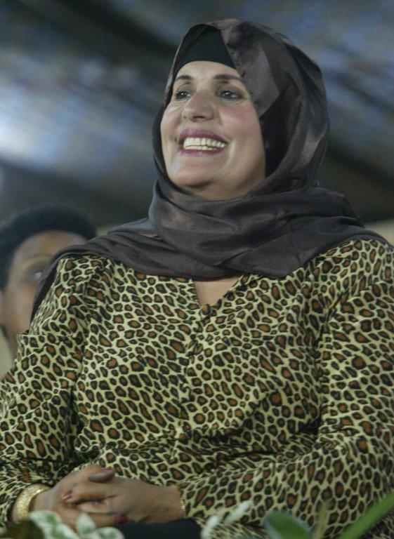 Kadhafi ...3 points de suspension Kadhaf10