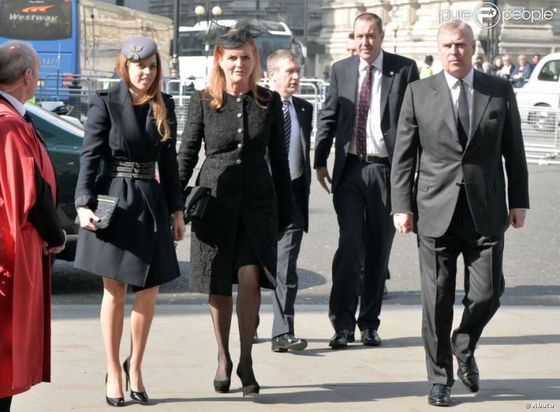 Noticias y Actos de la Familia Real Abad910