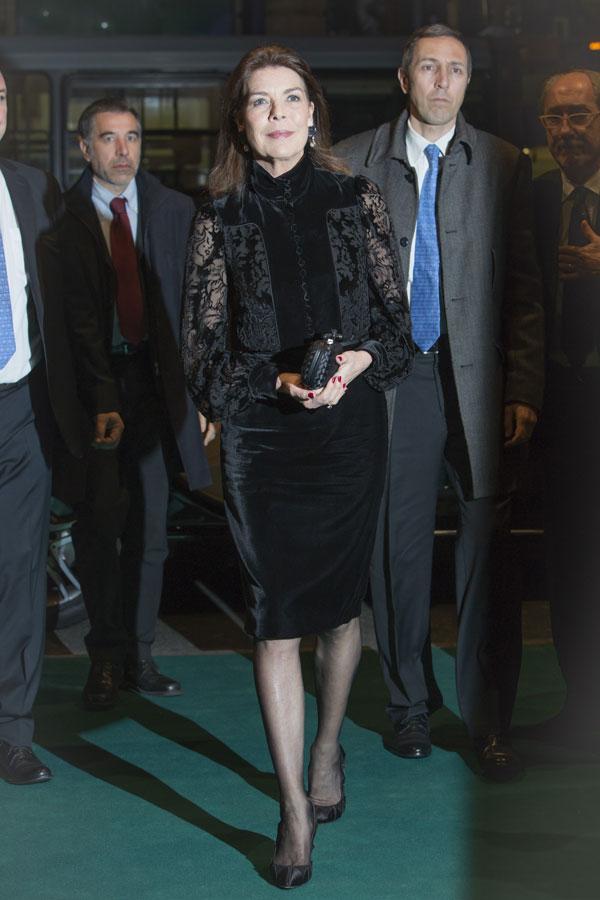Carolina, princesa de Hannover y de Mónaco - Página 7 Mona310