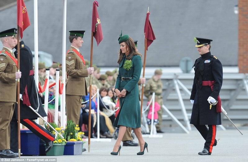 William y Catherine, Duques de Cambridge - Página 6 Pat2011