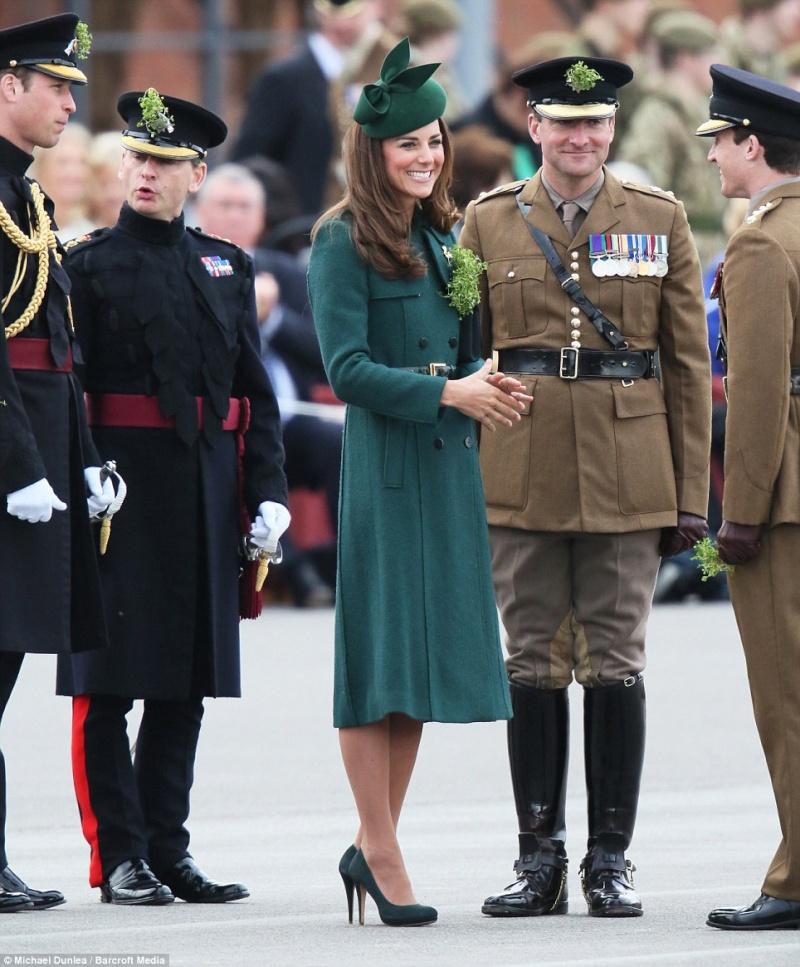 William y Catherine, Duques de Cambridge - Página 6 Pat210