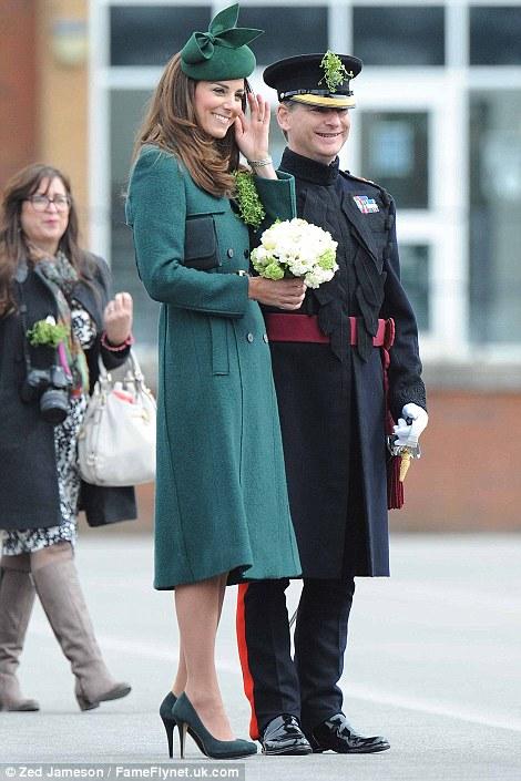 William y Catherine, Duques de Cambridge - Página 6 Pat2110