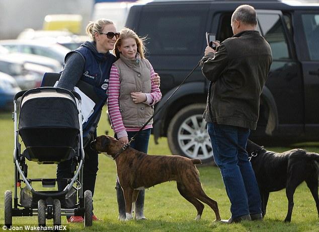 Princesa Ana Mountbatten-Windsor y familia - Página 18 Zara312