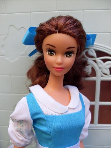 poupée disney la belle et la bête Belle_11