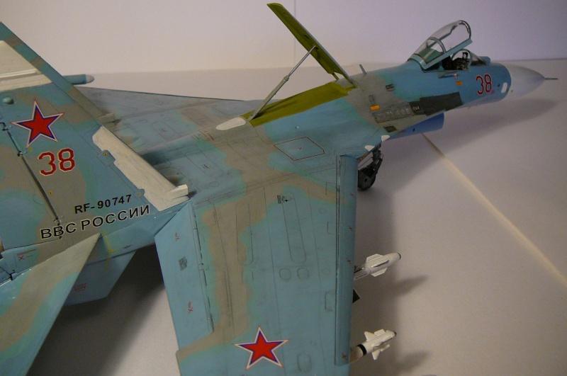 SU-27P - 177FR Lodeynoe Pole AB, St Petersbourg Usure10