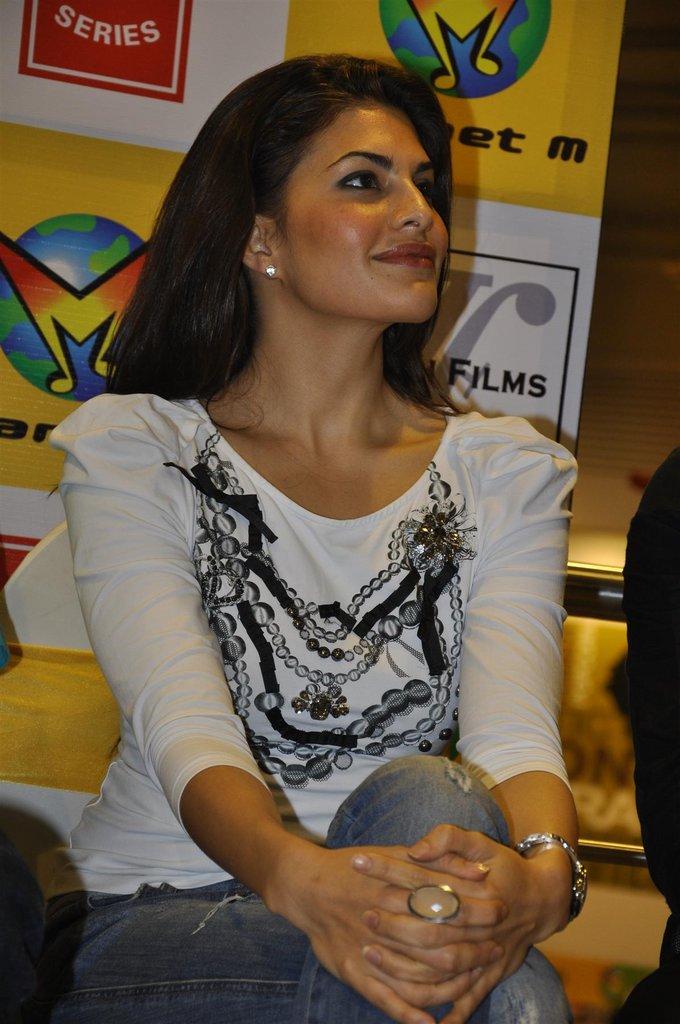 Jacqueline Fernandez Hindi Movie Murder Audio Release Launch  Jacque11