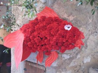 ALPES MARITIMES (06) Tourettes sur le loup décoration des riues et fête des violettes 32210