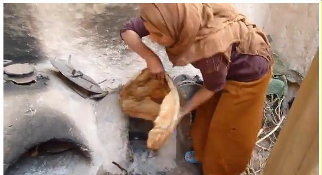pain - Le plus grand pain Amazigh  the largest bread Amazigh Four_610