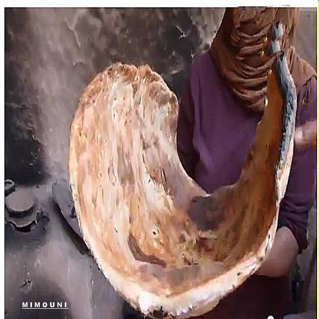 pain - Le plus grand pain Amazigh  the largest bread Amazigh Four_810